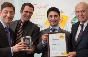 Vantage Power receives its prize at the Shell Springboard competition.