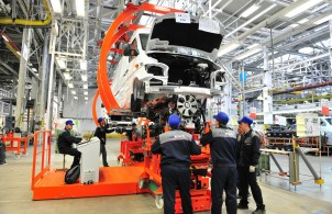 Mercedes-Benz Sprinter Classic vans in production at GAZ in Russia.